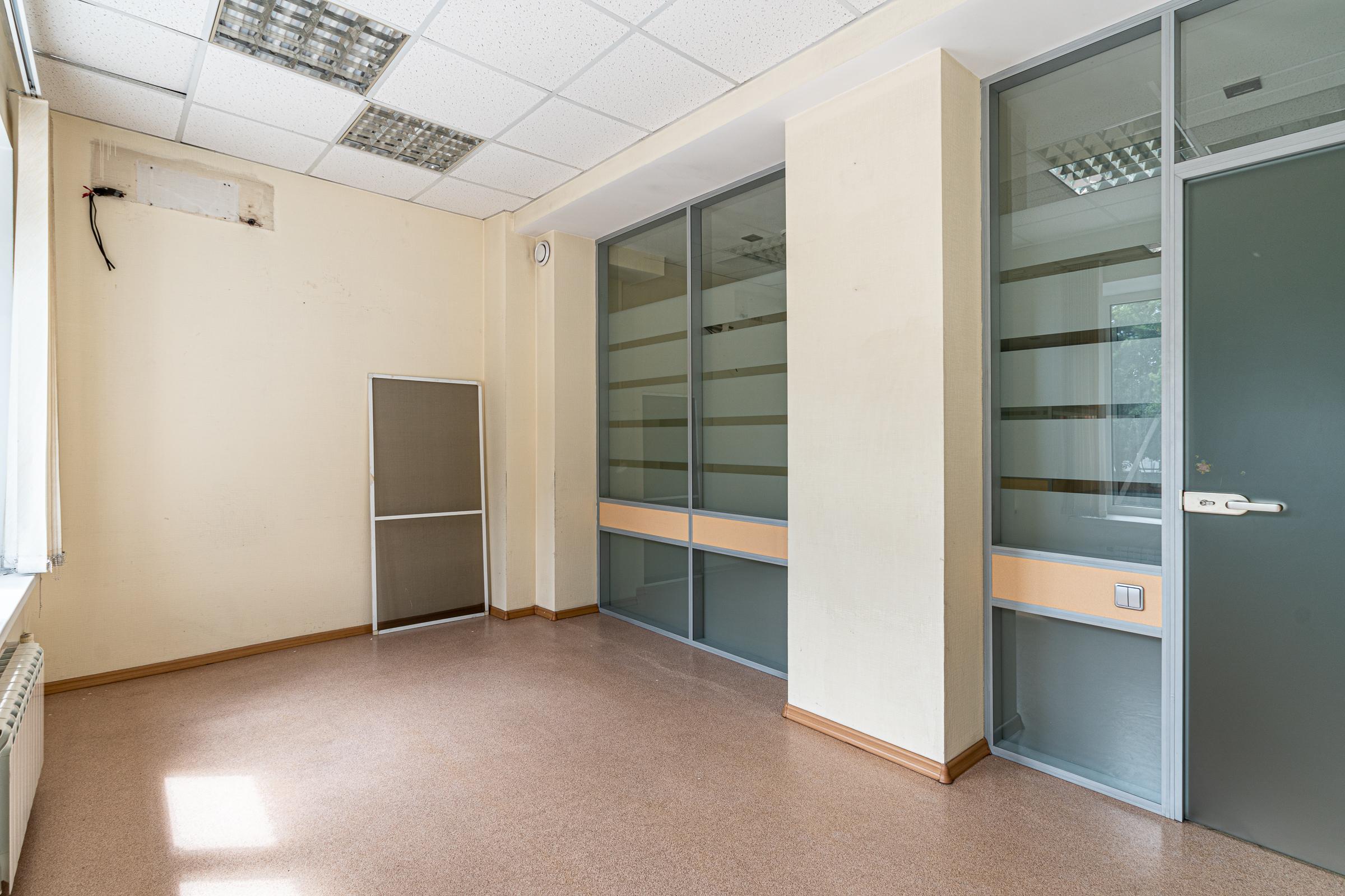 Офис нв Маяковского 74
